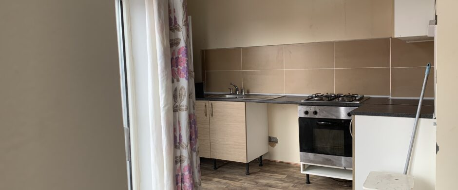 Spacious 2 Bedroom First Floor Apartment – unfurnished